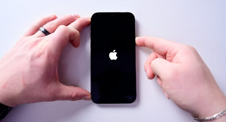 How to force restart iPhone 12